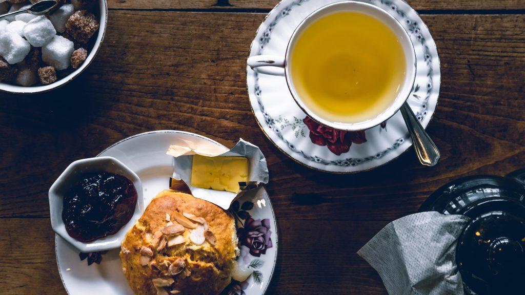 傳統的英式奶茶泡法,帶你到英國喝下午茶|買茶最推薦- 無可挑Tea