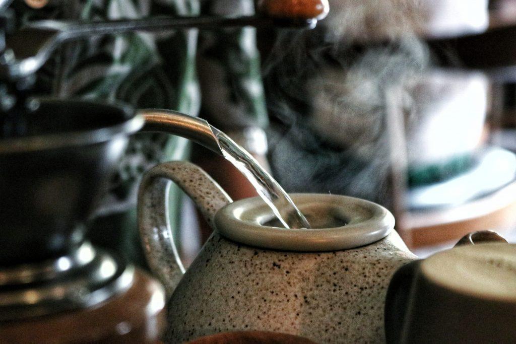 泡茶時水溫很講究!泡茶最好的時間很重要|買茶葉推薦無可挑Tea