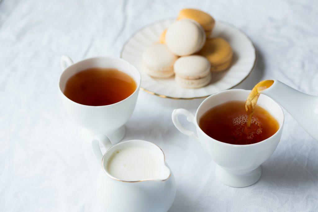 joanna kosinska 9WNi3OTzqtI unsplash 牛蒡黑豆茶功效, 茶功效, 喝茶功效